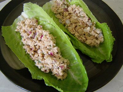 lettuce-wraps-tuna-salad